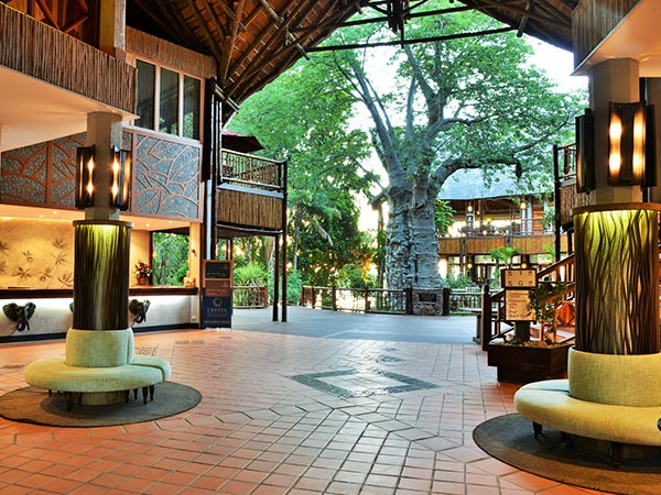 Lobby, Cresta Mowana Safari Resort and Spa