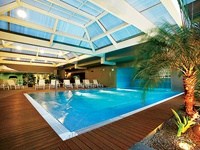 indoor swimming pool and spa facility