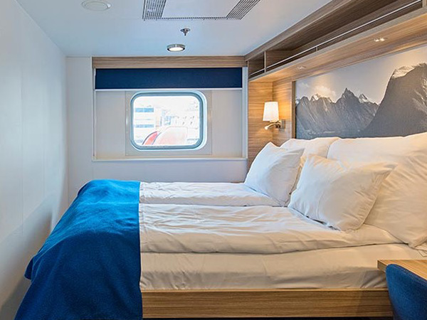 Category USPL Polar Outside cabin on the Hurtigruten ms Nordkapp