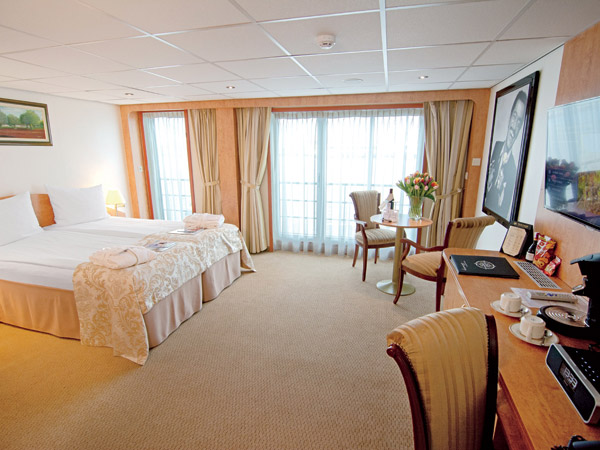 A deluxe suite on the m/s River Navigator